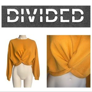 Divided by H&M Cute & Cozy Cropped Twist Sweater